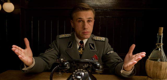 Standartenführer Hans Landa aus Terentinos Inglourious Basterds. EIn eher untypischer Bösewicht.